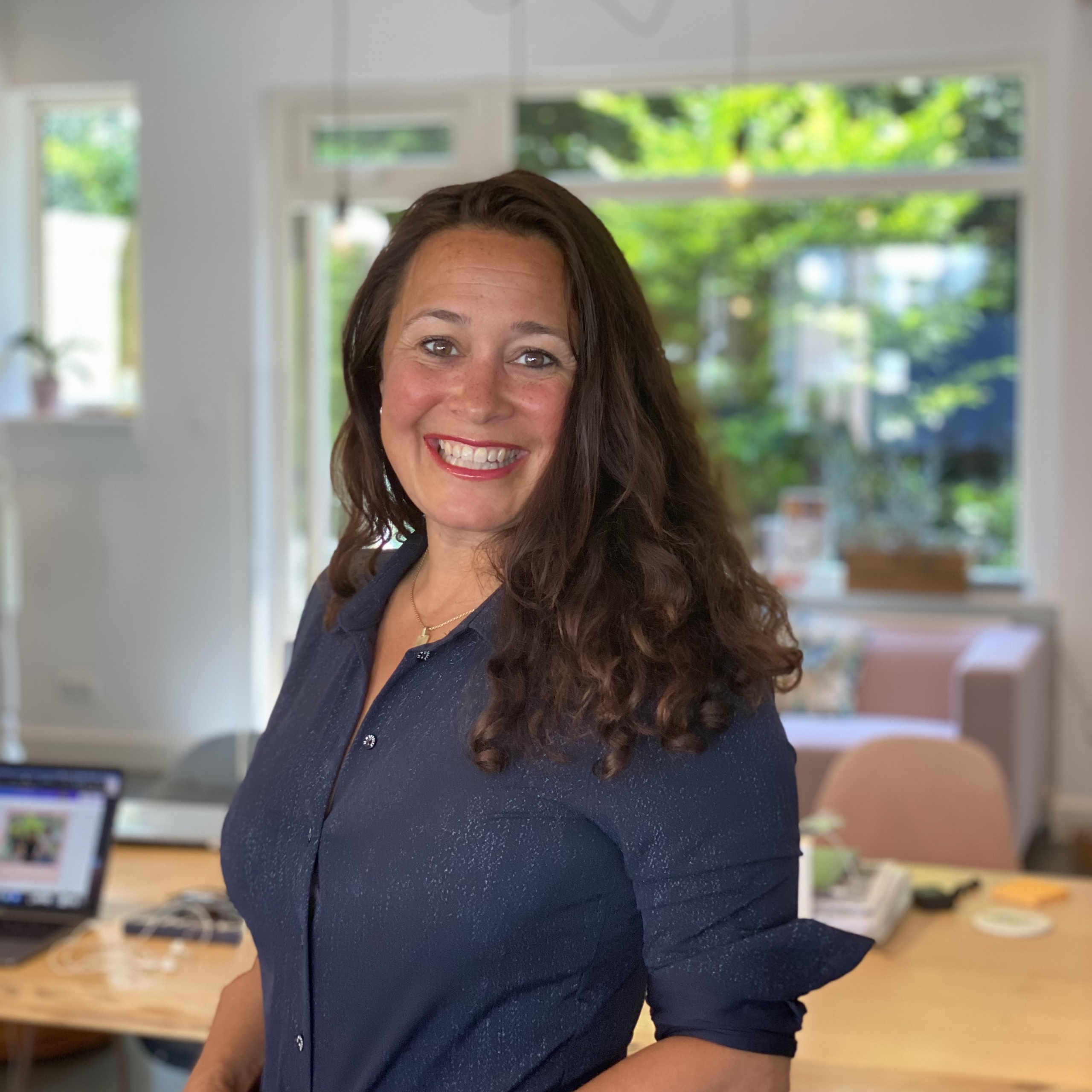 Suzanne Mau-Asam